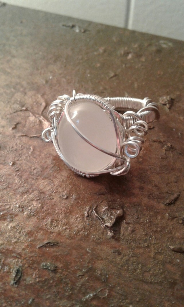 Moonstone ring made of silver-filled wire